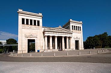 Germany, Bavaria, Munich, Koenigsplatz Square, Propylaea Building.