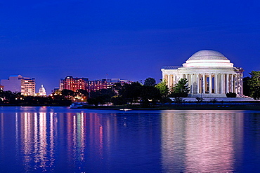 Exterior, Jefferson Memorial, Washington DC, USA.