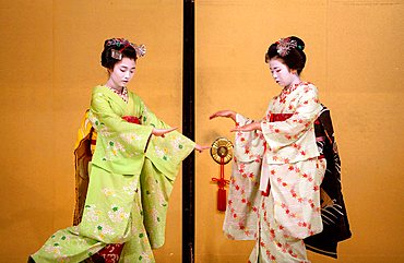 Show of Maikos,(geisha apprentices)they interpret Kyomai, is a Kyoto dance,at Gion Kobu Kaburenjo, geisha's distric of Gion.