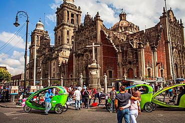 The Metropolitan Cathedral, in Plaza de la Constitucion, El Zocalo, Zocalo Square, Mexico City, Mexico.