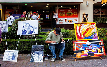 Street painter, Ga©nova street, Pink zone, Mexico City, Mexico.