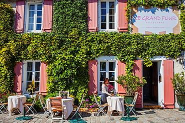 Le Grand Four restaurant, 1 rue de la Cure, Noirmoutier en L'ile, Noirmoutier island, La Vendee, Pays de la Loire, France