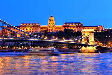 Chain Bridge with Royal Castle in the back, Budapest, Hungary.