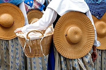 Europe, France, Alpes-de-Haute-Provence, 04, Regional Natural Park of Verdon, Valensole. Provencal lavender festival. Washerwomen with their basket. Detail.