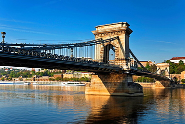 Szechenyi Chain Bridge, built from 1839 to 1849 at the suggestion of Istvan Szechenyi, Hungarian reformer. The bridge is 375 metres long and build in neo-classicism style and spans the River Danube between Buda and Pest, the western and eastern sides of Budapest, Hungary, Europe.