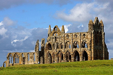 Whitby, Abbey Church, founded by St Hilda, 657, ruins, North Yorkshire, UK