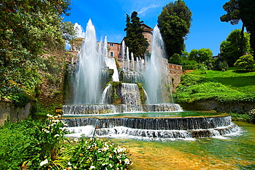 The water jets of the Organ fountain, 1566, housing organ pipies driven by air from the fountains. Villa d'Este, Tivoli, Italy, Unesco World Heritage Site.