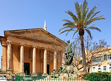 Malta, Valletta, St Paul's Pro-Anglican Cathedral, Independence Square.