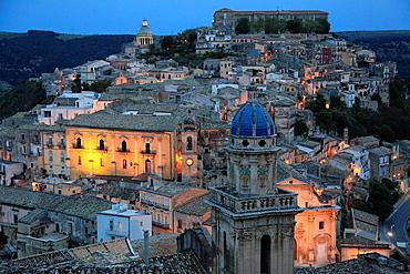 Italy, Sicily, Ragusa Ibla, skyline, general view.