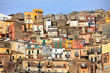 Italy, Sicily, Ragusa Ibla, old houses, general view.