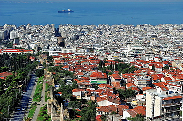 Overview of Thessaloniki, Greece