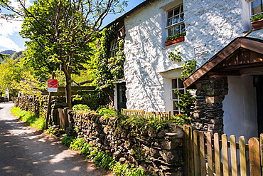 Knotts View Guest House that sells English Lakes luxury traditional ice cream at Stonethwaite in the Lake District.