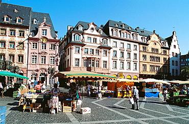 Germany, Rhineland-palatinate, Mainz, Market.