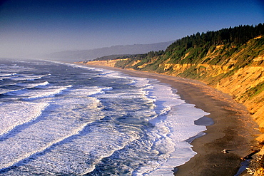 Waves at sunset along Agate Beach, Patricks Point State Park, Trinidad, Humboldt County, CALIFORNIA.