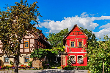 The village center of Altzitzschewig with the Dreiseithof Altzitzschewig 8. Zitzschewig is a district of Radebeul near Dresden, administrative district Meissen, Saxony, Germany, Europe.