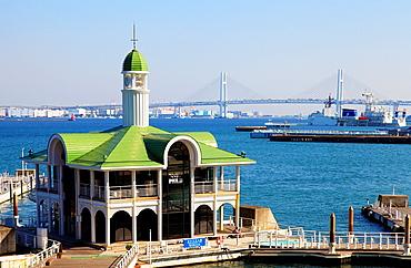 Japan, Yokohama, Minato Mirai, Pukari Pier, Bay Bridge, harbor,.