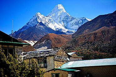 Ama Dablam Peak, 6.812 mts., Sagarmatha National Park, the Himalaya range, Khumbu area, Solukhumbu District, Sagarmatha Zone, Nepal