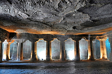 Cave No 4: Main hall. Plain octagonal pillars and simple pillar capitals. Ajanta Caves, Aurangabad, Maharashtra, India.