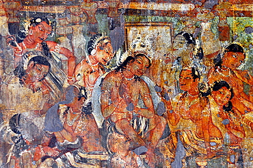 Cave 1: Mahajanaka Jataka: The King announces decision to seek Dharma. Ajanta Caves, Aurangabad, Maharashtra, India.
