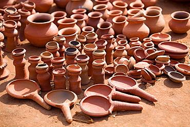 Teracotta articles, Tribal market, Orissa.
