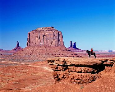 Scenic john ford's point, Monument valley navajo tribal park, utah / arizona, USA.
