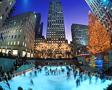 Christmas, Ice rink, Rockefeller Center, Midtown, Manhattan, New York, USA
