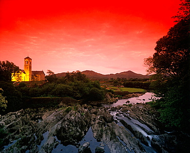 Scenic river sneem, Sneem village, 'ring of kerry', County kerry, Ireland.