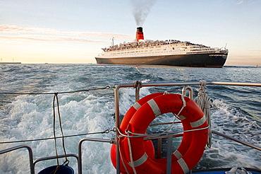 Cruise liner Queen Elizabeth 2, Port of Bilbao, Biscay, Basque Country, Spain