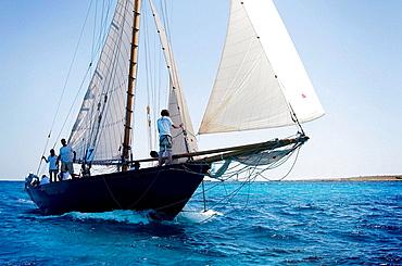 Regata barcos de epoca, Menorca, Mar Mediterraneo.
