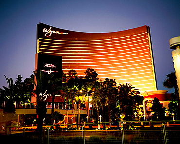 Hotel and Casino Wynn in the early evening, Las Vegas, Nevada, USA