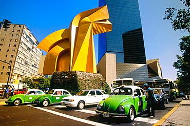 Torre Caballito, taxis and sculpture at Paseo de la Reforma avenue, Mexico City, Mexico