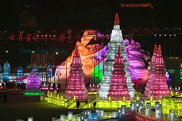 China, Heilongjiang, HAERBIN (Harbin): Haerbin Ice and Snow World Festival, All Buildings built of ice, Overview of Ice Buildings