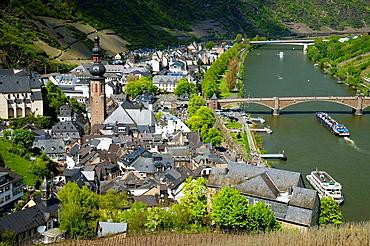 Germany, Rheinland-Pfaltz, Mosel River Valley, Cochem, town from Reichsburg castle