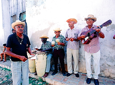 Cuba, Trinidad, Salsa Group 'Los Pinos'