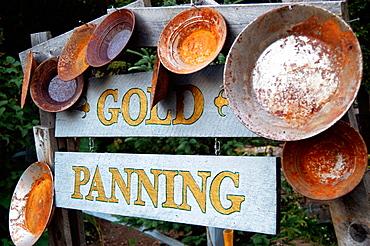 gold panning, Alaska