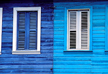 Le Carbet, Traditional wooden house, Martinique (French Departement d'outre Mer - DOM), French West Indies, France, Caribbean