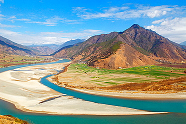 China, Yunnan province, The first bend of the Yangtze River.