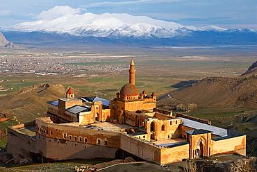 Turkey, East Anatolia Province, Dogubayazit, Ishak Pacha palace (Ishak Pasa).