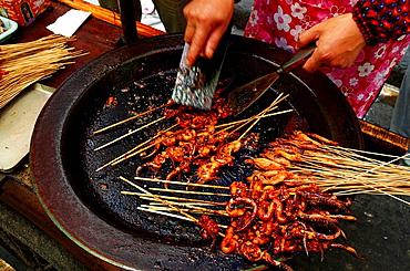 China, Shanghai, Nanshi old Chinese city, street restaurant