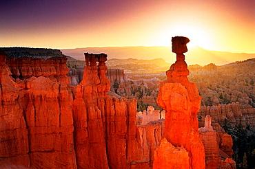 Sunrise behind Thors Hammer, Navajo Loop Trail, Bryce Canyon National Park, Utah, USA