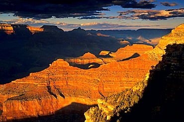 Sunset liight at the Grand Canyon, Yavapai Point, South Rim, Grand Canyon National Park, Arizona, USA