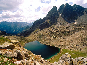Port Ratera mountain lake, Aiguestortes National Park, Pyrenees Mountains, Lleida province, Spain