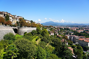 The Venetian walls, UNESCO World Heritate Site, Bergamo, Lombardy, Italy, Europe