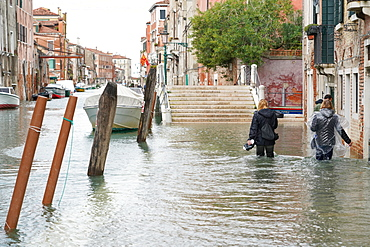 High tide in Venice in November 2019, Fondamenta della Sensa, Venice, UNESCO World Heritage Site, Veneto, Italy, Europe