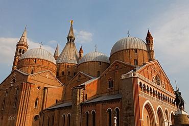 The Pontifical Basilica of St. Anthony of Padua, Padua, Veneto, Italy, Europe