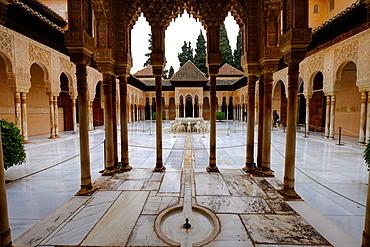 Palace of the Lions (Palacio de los Leones), The Alhambra, UNESCO World Heritage Site, Granada, Andalucia, Spain, Europe