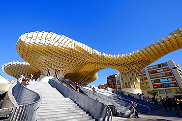 Metropol Parasol, known as Setas de Sevilla (The Mushrooms), the world's largest wooden structure, Seville, Andalucia, Spain, Europe