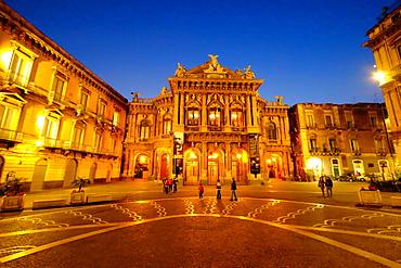 Piazza Vincenzo Bellini and Teatro Massimo Bellini Opera House, Catania, Sicily, Italy, Europe