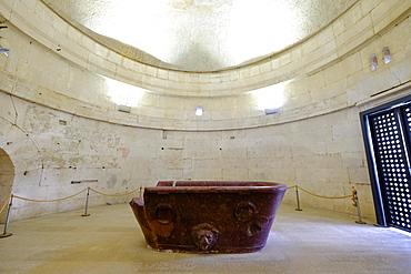 The Porphyry sarcophagus of Theodoric, Mausoleum of Theoderic, UNESCO World Heritage Site, Ravenna, Emilia-Romagna, Italy, Europe