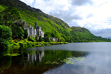 Kylemore Abbey in Connemara, County Galway, Connacht, Republic of Ireland, Europe